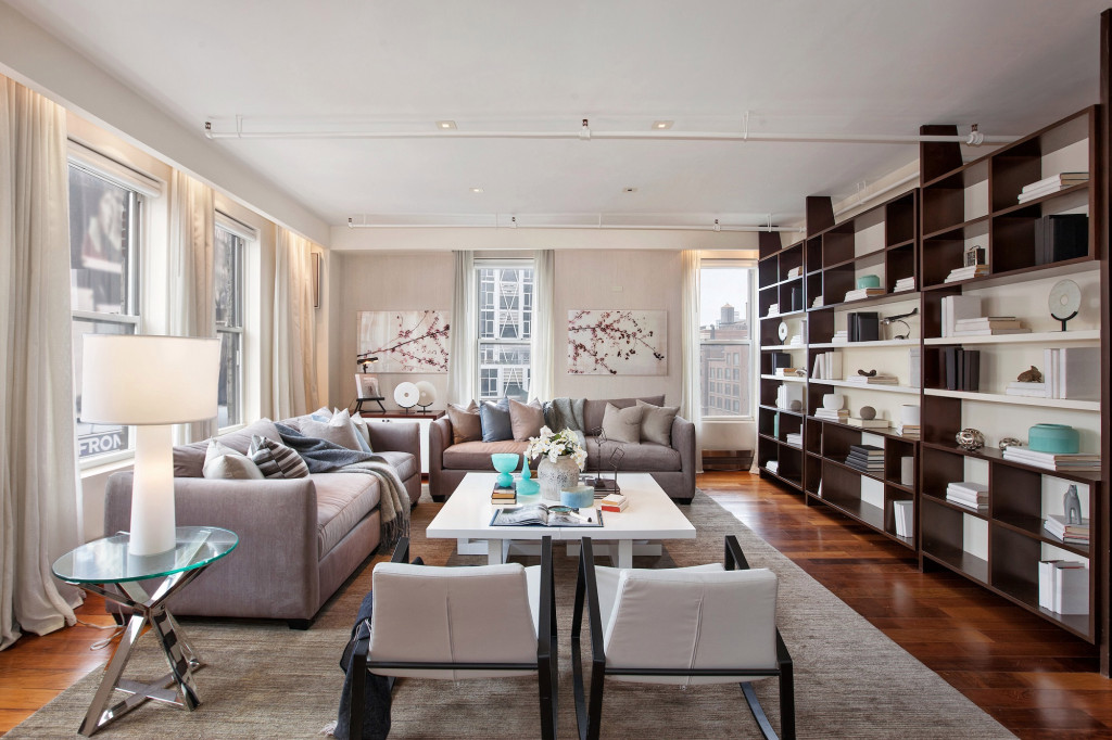'Walking Dead' star buys $2.85M Manhattan apartment